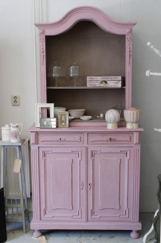 Brocante meubels tweedehands huisvestingsprobleem for Tweedehands meubels webshop